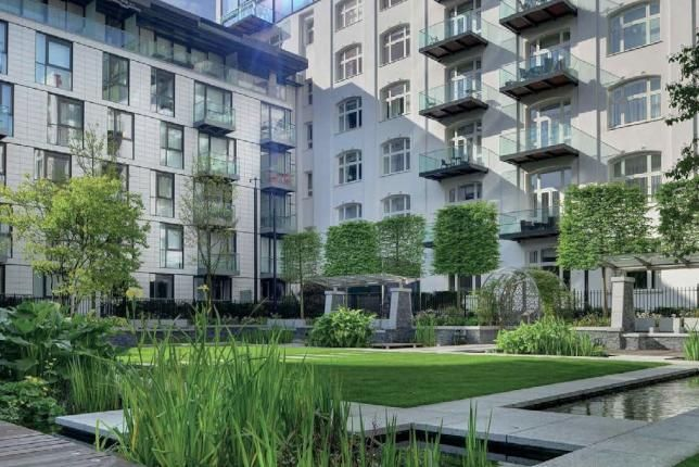 Thumbnail Flat to rent in Fashion Street, Aldgate