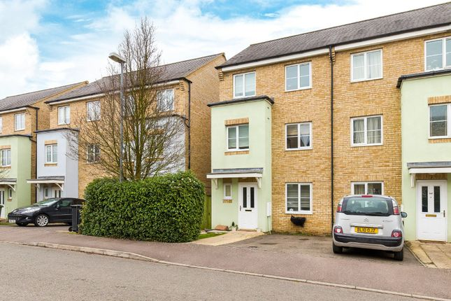 4 bed town house for sale in Wellbrook Way, Girton, Cambridge