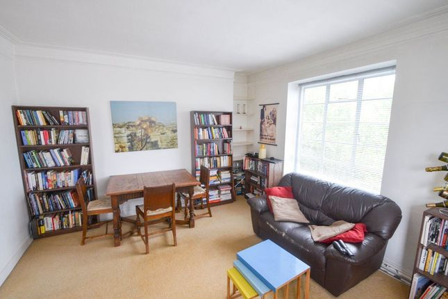 3 bed flat to rent in West End Lane, London