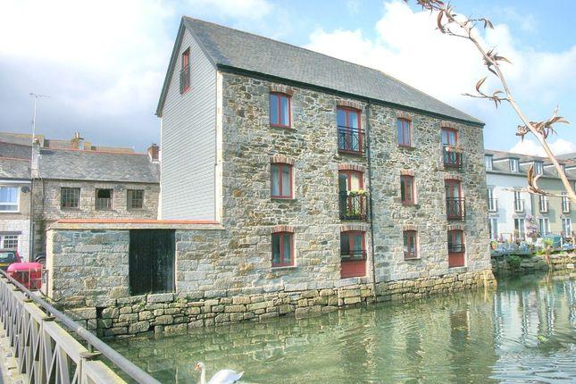 2 bed flat for sale in Harbour Village, Penryn