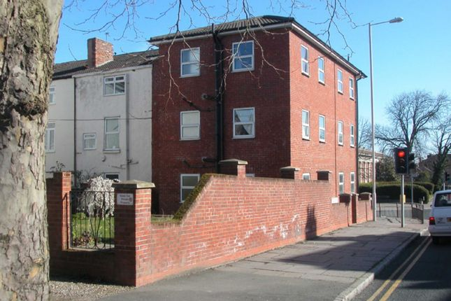 Flat for sale in Balls Road, Prenton