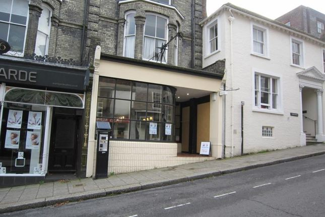 Retail premises to let in High Street, Lewes, East Sussex