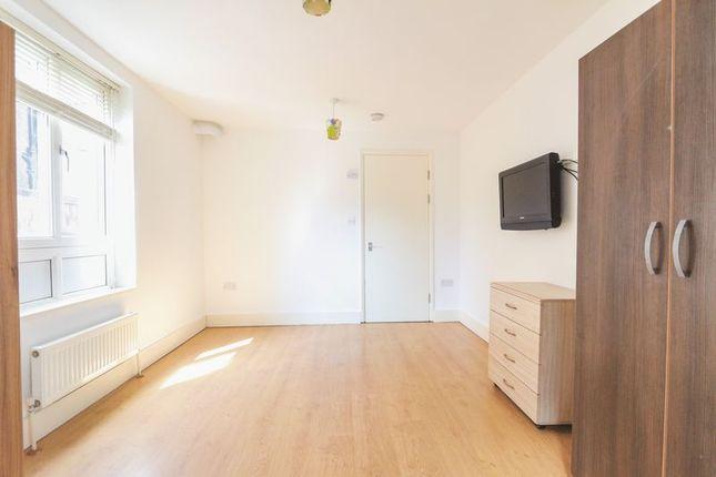 Studio to rent in Granville Road, London N22