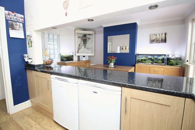 Kitchen of Whites Road, Southampton SO19