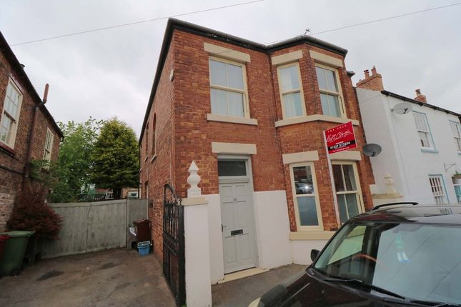 Thumbnail Detached house for sale in Chapel Street, Epworth, Doncaster