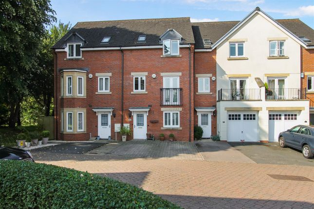 Thumbnail Property for sale in St. Michaels Close, Charlton Kings, Cheltenham