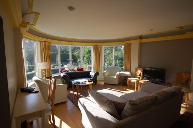 Thumbnail Flat to rent in View Road, London