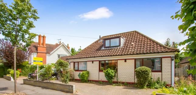 Thumbnail Bungalow for sale in Linden Drive, Evington, Leicester