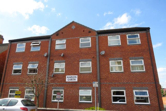 Thumbnail Flat to rent in Harvon Garth, Rugby