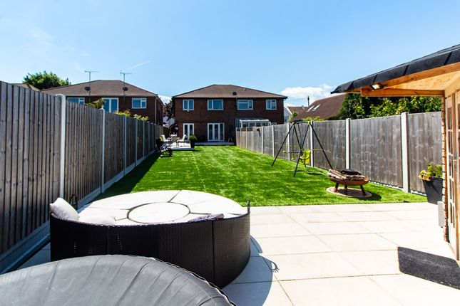 Garden of Shaftesbury Avenue, Southend-On-Sea SS1