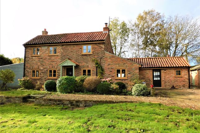 Thumbnail Cottage for sale in Millgate, Whaplode St. Catherines, Spalding