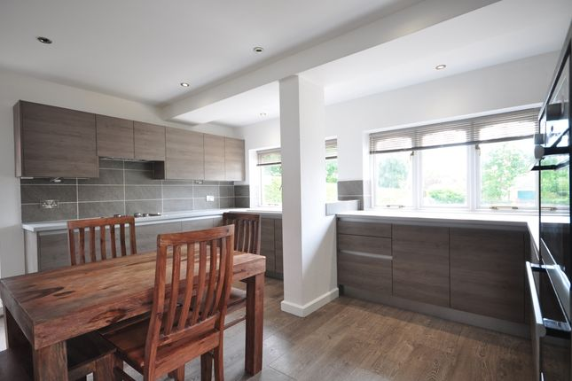 Kitchen(4) of Langham Road, Robertsbridge TN32