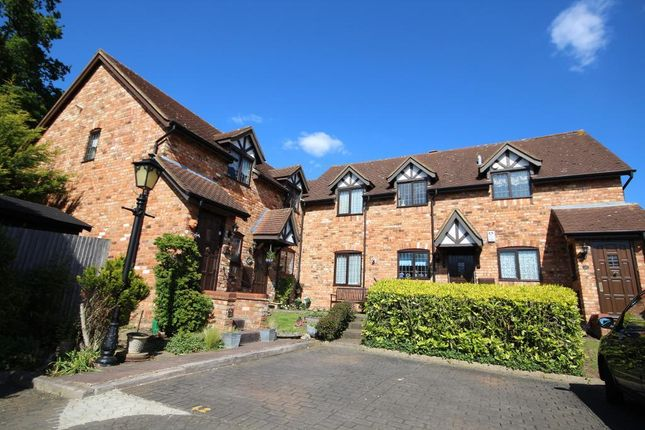 Thumbnail Maisonette for sale in Prioryfield Drive, Edgware, Middlesex