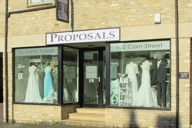 Thumbnail Retail premises for sale in 102 Corn Street, Witney