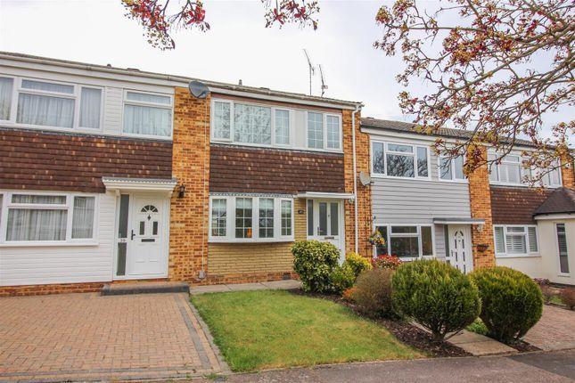 Thumbnail Terraced house for sale in Burnside, Sawbridgeworth
