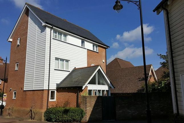Thumbnail Detached house for sale in Niagara Close, Kings Hill, West Malling, Kent