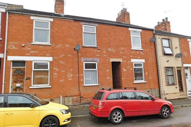 Thumbnail Terraced house to rent in Stamford Street, Grantham