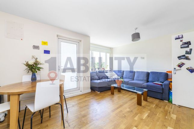 Thumbnail Flat to rent in Grove Street, London