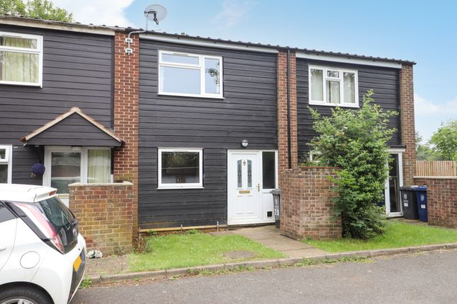 Thumbnail Terraced house for sale in Gladeside, Bar Hill, Cambridge