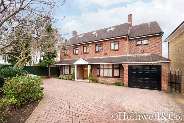 Thumbnail Detached house for sale in Park View Road, Ealing, London