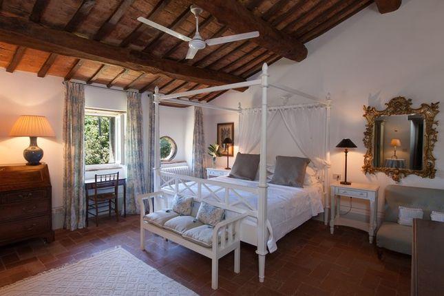 Master Bedroom 2 of Casa Molino, Anghiari, Tuscany