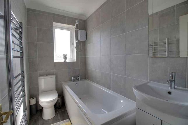 Bathroom 1 of Bellrope Acre, Armthorpe, Doncaster DN3