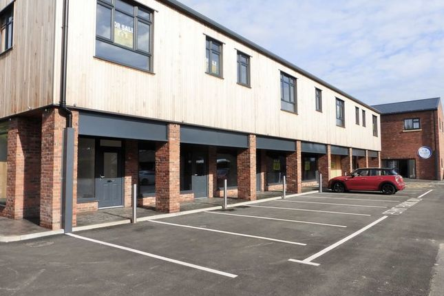 Thumbnail Flat to rent in Church Road, Tarleton, Preston