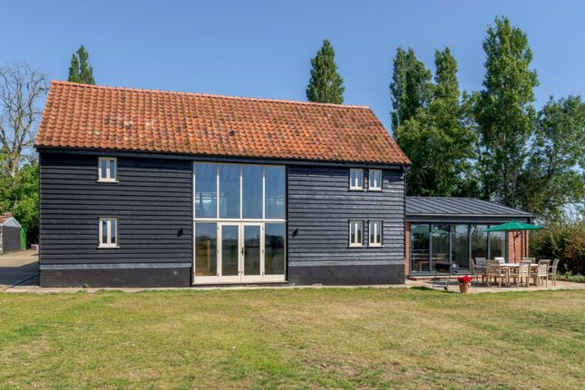 Thumbnail Barn conversion for sale in Saxtead Road, Framlingham, Woodbridge, Suffolk