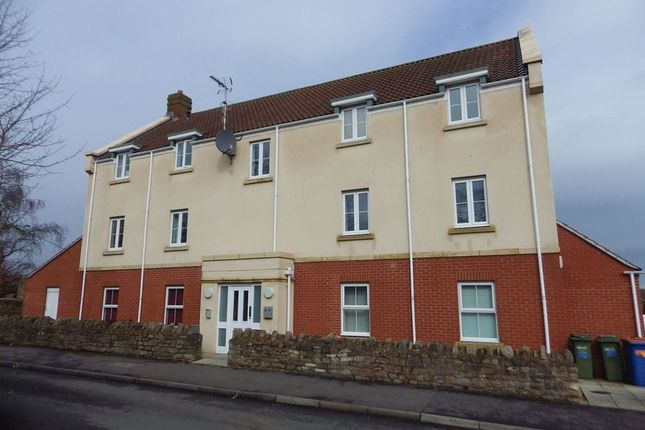 Thumbnail Flat to rent in Leaze Close, Thornbury, Bristol