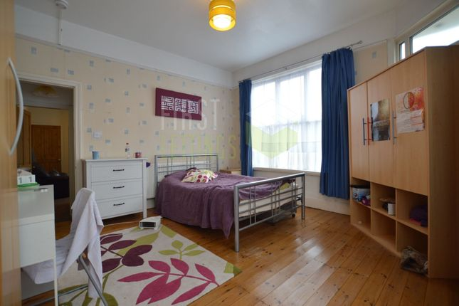 Thumbnail 3 bed terraced house to rent in Knighton Fields Road East, Clarendon Park