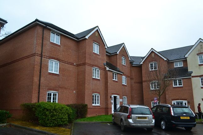 Flat to rent in Tristram Close, Yeovil