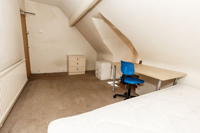 Property To Rent In Treforest