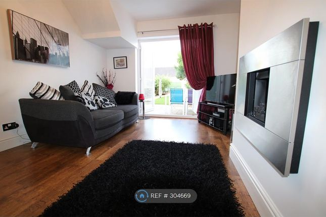 Thumbnail Semi-detached house to rent in Ffordd Estyn, Wrexham