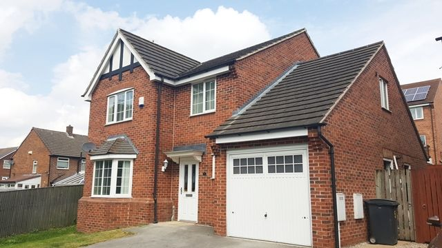 Thumbnail Detached house to rent in Greenacre Way, Sheffield