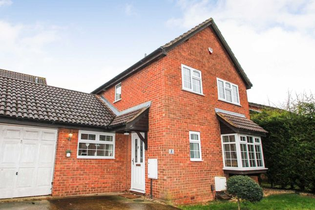 Thumbnail Detached house for sale in Croft Way, Rushden
