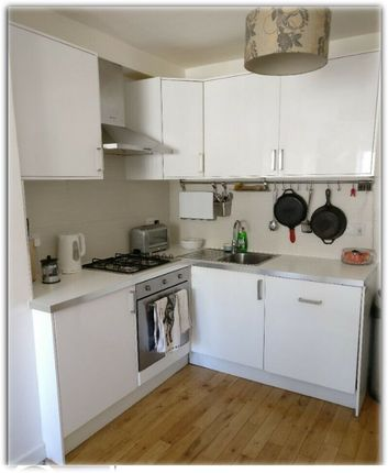 2 bed flat to rent in Great Ormond Street, Holborn WC1N