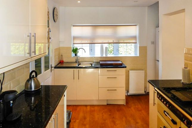 2 bed detached bungalow for sale in Malvern Road, Headless Cross, Redditch
