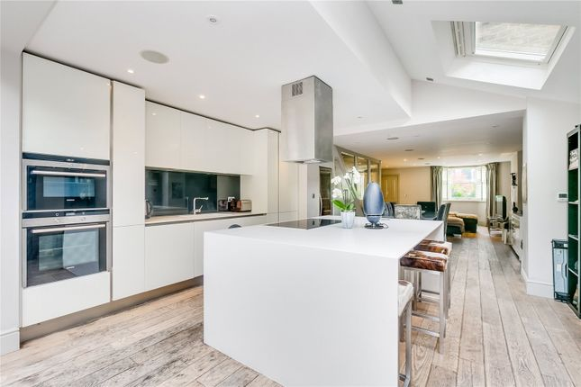 Thumbnail Detached house to rent in New Kings Road, London