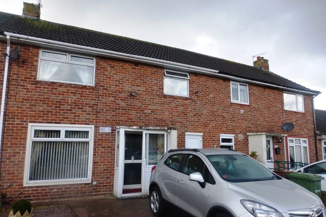 Thumbnail Terraced house for sale in Aylesby Close, Lincoln