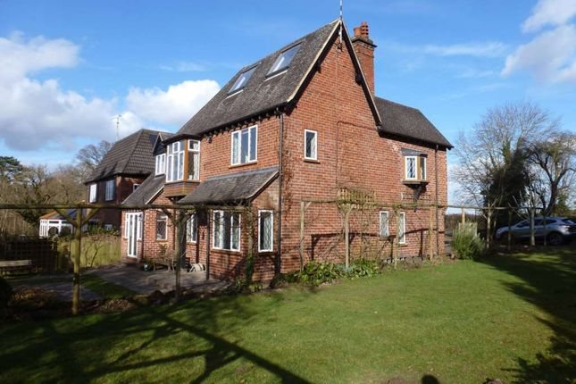 Thumbnail Detached house to rent in Kenilworth Road, Leamington