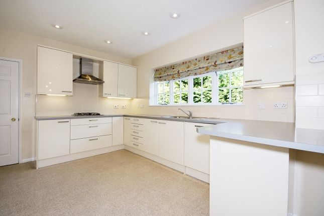 Thumbnail Property to rent in Charlbury Road, Oxford