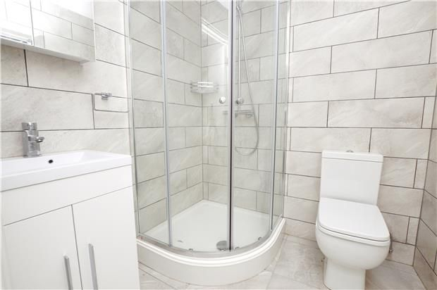 Flat to rent in Purley Road, Purley, Surrey