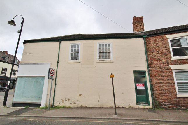 Thumbnail Flat for sale in Audus Street, Selby