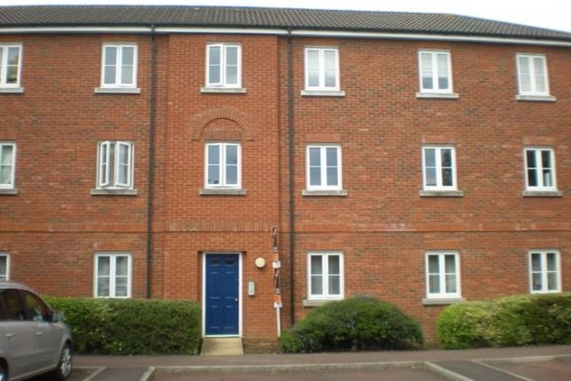 Thumbnail Flat to rent in Field Close, Sturminster Newton