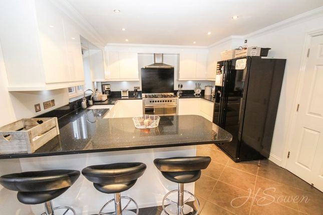 Thumbnail Detached house for sale in Sandford View, Newton Abbot