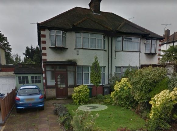 Thumbnail Semi-detached house to rent in Great North Way, Hendon