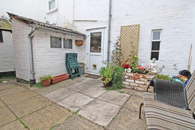 Brookside lympstone exmouth ex8 2 bedroom cottage for for Brookside cottages