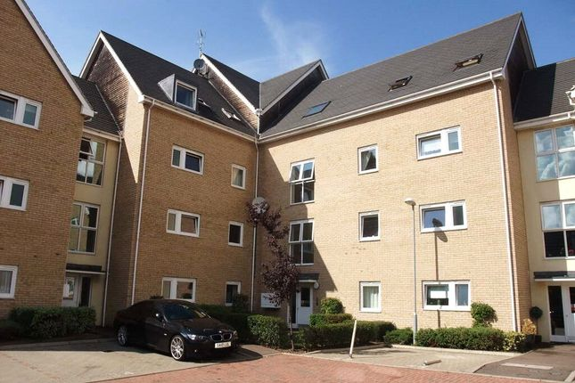 Thumbnail Flat to rent in Linton Close, Eaton Socon, St Neots, Cambs
