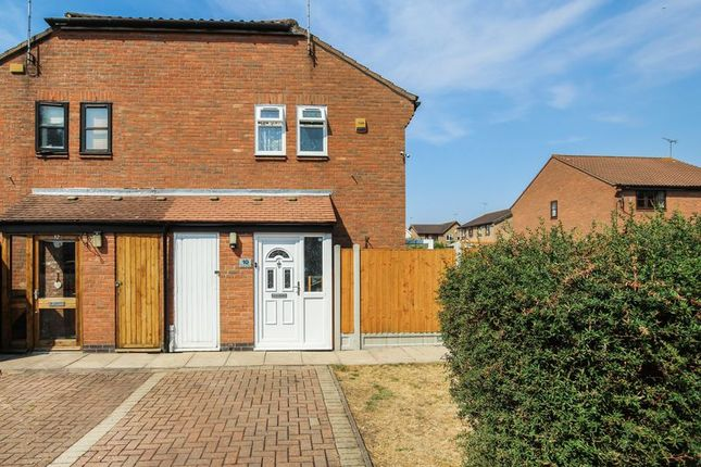 Thumbnail Terraced house for sale in St. Omer Close, Wickford