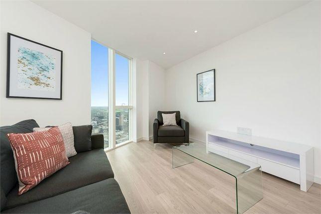 Thumbnail Flat to rent in Pinnacle Apartments, Saffron Central Square, Croydon, Surrey